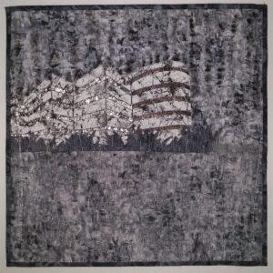 """שושי רימר, """"יום אפור בעיר לבנה"""", 40X40 קווילט, 054-9234764 shoshi.rimer@gmail.com"""
