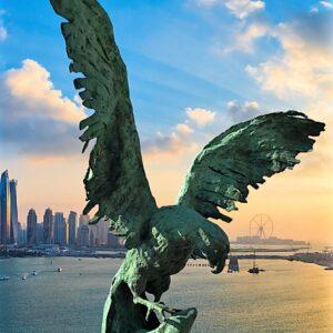 """שרה שטיינמץ, """"לפרוש כנפיים"""", 80X80, ברונזה, 052-5712342 sara_hsh@012.net.il"""